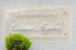 plaque signalétique champagne communication
