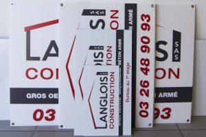 panneaux akylux et dibond formats variés langlois constructon signalétique communication publicité